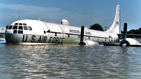 一场大水泄露美军机密,空军4架战机被淹,该机掌控4千枚核弹