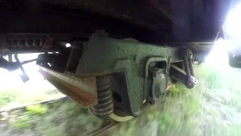 一段国外火车运行视频,足以看出差距,网友:老外真落后