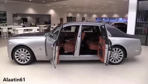 劳斯莱斯有钱人的代表,商务汽车的大佬,回头率极高的车!