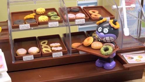 """馋人的仿真""""甜品屋"""",面包超人当服务生,拿甜甜圈招待客人!"""