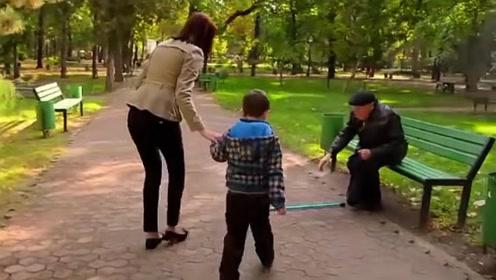 俄罗斯版好人好事,战斗民族竟然也这么有爱心
