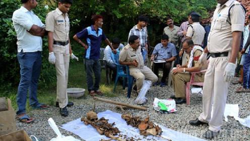 奇葩!印度一女子因买不起墓地竟然这样做,把丈夫埋到自家地下!