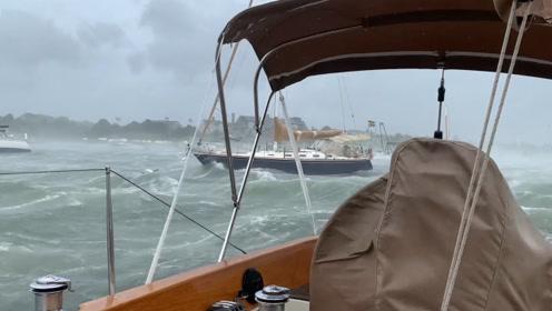 龙卷风袭击美国港口,船员来不及逃生,用手机拍下惊险瞬间