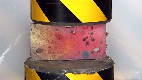 液压机vs钢板!碾压钢板就像碾压豆腐一样