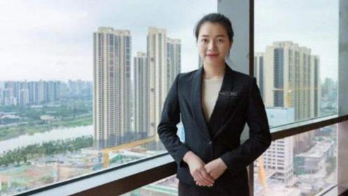 """她是中国最""""贵""""服务员,酒店都请不动她,曾在国宴上服务3次"""