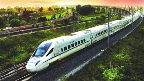 为何高铁行驶速度这么快,乘客却不用系安全带呢?难道不危险吗?