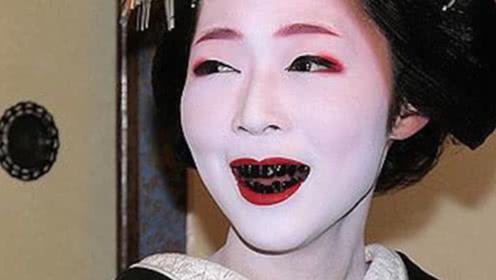 日本女人化妆拿起白漆就往脸上刷,卸妆可怎么办?网友:太拼了