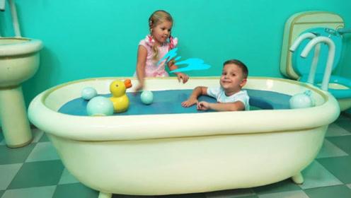 姐弟俩在游乐园里玩耍,挑战各种游戏项目,画面简直太幸福!