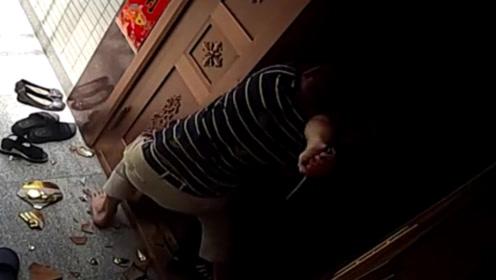 邻居母女遭歹徒入室抢劫 男子勇斗歹徒险丧命