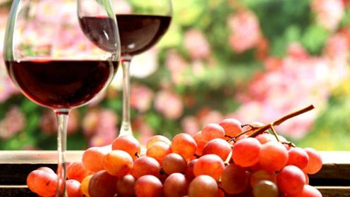 世界上最经济的葡萄酒,用少女光脚踩出来的