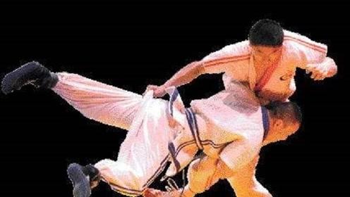中国传统功夫深受老外的喜爱