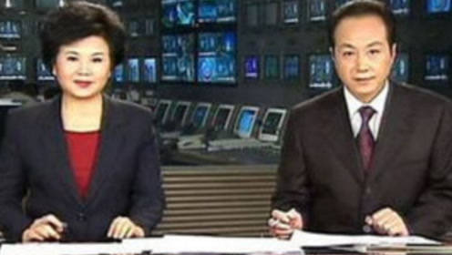 主持新闻联播28年,却因拍广告晚节不保,今71岁憔悴无人识!