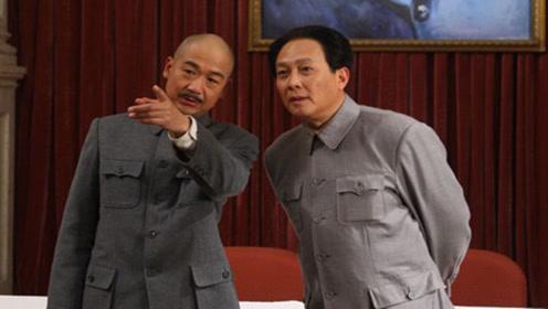 毛主席蒋介石都曾在对方处弱势时,愿给其一职位,这个差距有点大