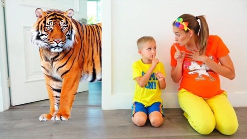 家中出现了一群动物,还有老虎追着两萌娃跑,妈妈一招解决了!