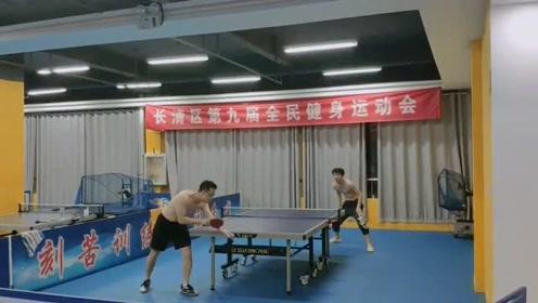 区级比赛都也打出世界冠军的水准,乒乓球被中国人玩出新花样
