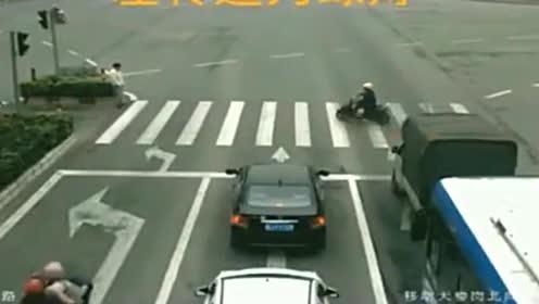 男子骑车被撞身亡,司机表示很委屈,调取监控交警都怒了