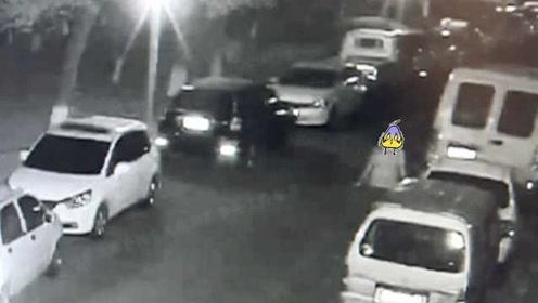 温州一男子凌晨拉车门碰运气,还没得手就被逮