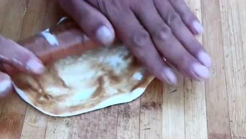 著名油炸小吃糖油饼,原来是这么做出来的,的确美味