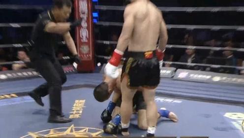 刚刚邱建良又赢了!完虐俄罗斯冠军倒地十几次,对手彻底没脾气