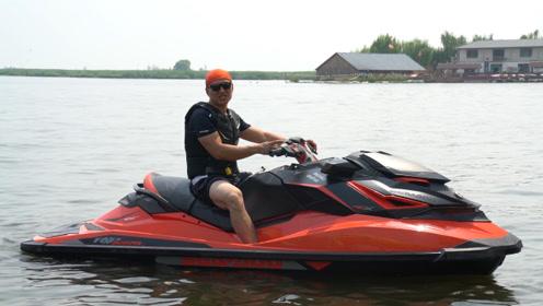 300马力3秒破百的摩托艇 7万多就够了!