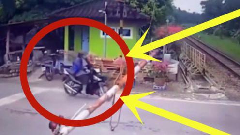 男子硬把摩托当成导弹骑,谁料死神就在眼前,下一秒悲剧了!