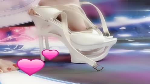 哇塞!当小姐姐穿上高跟鞋的那一瞬间我瞬间惊呆了!
