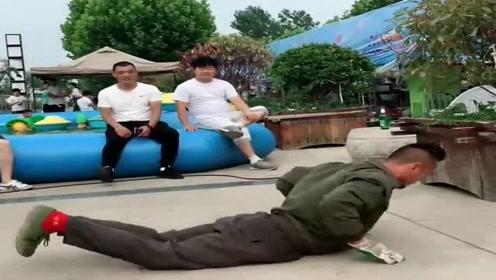 民间高手跳霹雳舞,倒下去的那一刻,真是个狠人!