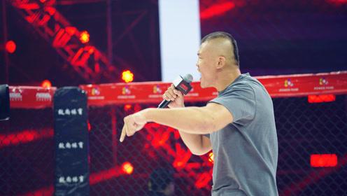 """中国猛将刘文擘抢话筒,怒喷UFC名将""""大脚""""席尔瓦"""