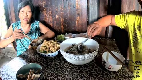 煮100一斤的桂花鱼过节,好好犒劳家人,看湖南人怎么煮桂花鱼