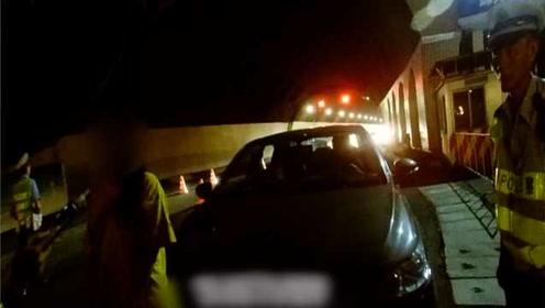 交友不慎!女子酒驾被查车上3男子打车走了:酒后接朋友回家