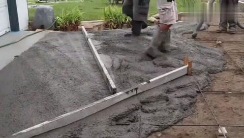 看德国工人是怎样现浇水泥地面的,技术非常专业,赶紧收藏起来