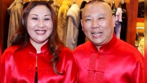 郭德纲妻子王惠难得露面,身材膨胀腹部隆起,是纯胖还是有喜?