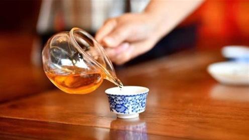 喝茶是好习惯,但这3个时间点喝,就是给身体找麻烦,你喝对了吗