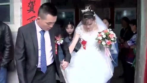 安徽农村人家嫁女,院子停满婚车,新郎是位大老板!