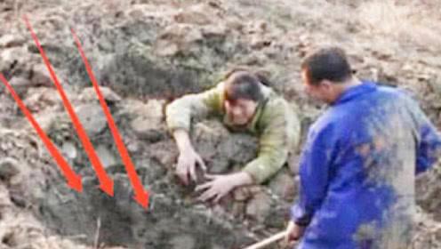 两口子扫墓时,意外听见地下传来古怪哭声,警察调查后发现真相!