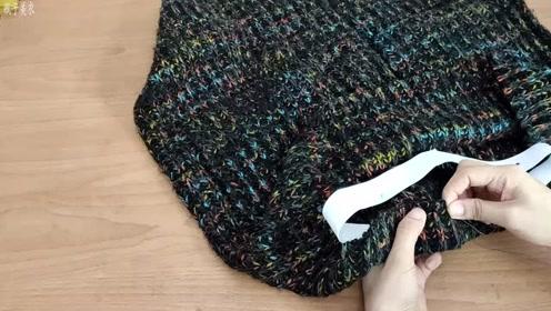 几年前的旧毛衣过时了,这样剪一下,改成半身裙,漂亮又时尚