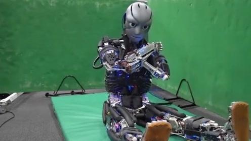 一个会流汗的机器人,加点水就可以运行,灵活度是人的6倍