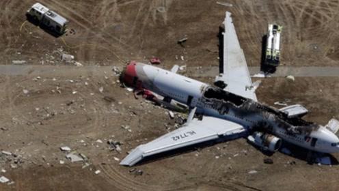 悲痛!两名飞行员牺牲,60多字的通报中,暗含重要信息!