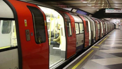 德国游客评价各国地铁:日本安静,英国复古,中国就这两字!