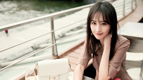 郑爽黑色西装亮相巴黎时装周,又甜又飒真的是小仙女本人了!