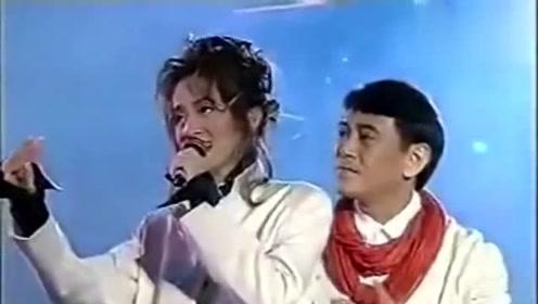 罕见视频,罗文和梅艳芳合作《新鸳鸯蝴蝶梦》如同情侣般的默契!