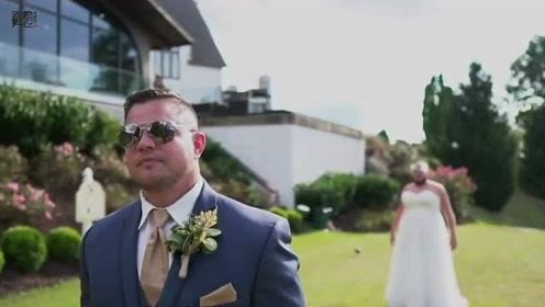 新郎在草坪上等待新娘梦幻出场 结果一扭头笑容凝固了