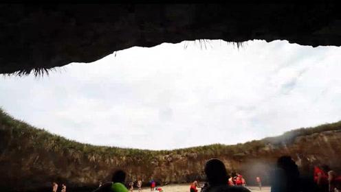 藏在巨坑里的海滩,要想进入还要潜水,妥妥的一个世外桃源