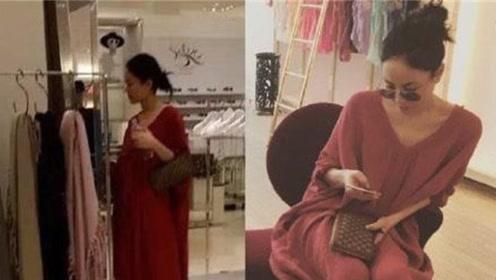 王菲为爱不顾高龄怀孕?被拍到挺孕肚逛街,谢霆锋花8000万祈福