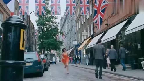 美女奔跑千里只为见郎君一面——爱至高情无上印度电影