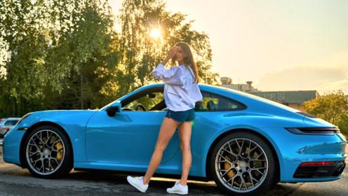 这才是保时捷911最迷人的颜色,坐进车内更加豪华!
