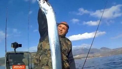 """世界最有""""骨气""""的鱼,被抓后马上自爆,想抓一条活鱼真难"""