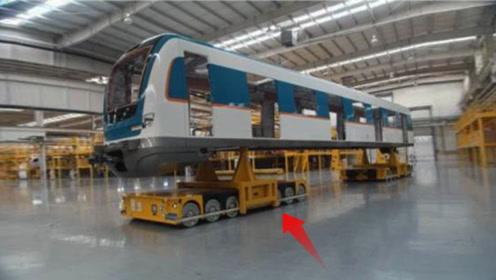 这机器人让港口工人面临下岗,力气大到能运集装箱,还是中国制造