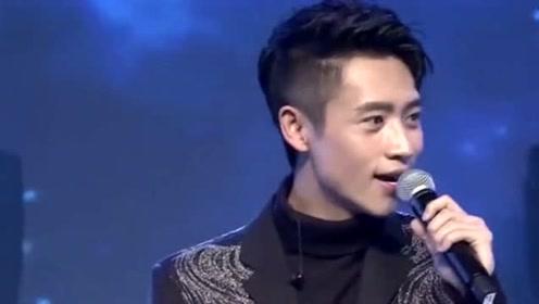 魏晨宣布成功求婚女友 恩爱低调相恋十多年
