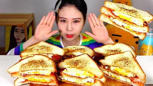 创意吃美食:吃美味三明治